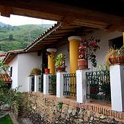 CASA ANAUCO ARRIBA / CARACAS - VENEZUELA