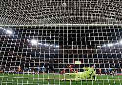 02.07.2010, Soccer City Stadium, Johannesburg, RSA, FIFA WM 2010, Viertelfinale, Uruguay (URU) vs Ghana (GHA) im Bild Goalkeeper of Uruguay Fernando Muslera watches when Asamoah Gyan (3) of Ghana misses a goal at penalty shot in last minute of overtime, EXPA Pictures © 2010, PhotoCredit: EXPA/ Sportida/ Vid Ponikvar, ATTENTION! Slovenia OUT