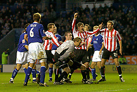 Fotball<br /> England 2004<br /> 13.11.2004<br /> Foto: SBI/Digitalsport<br /> NORWAY ONLY<br /> <br /> Leicester City v Sunderland<br /> <br /> Coca Cola Championship<br /> <br /> Sunderland celebrate as Stephen Caldwell (third from L) puts his side 1-0 in front.