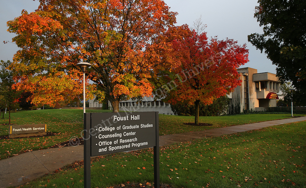 Fall scenics and buildings | Central Michigan University