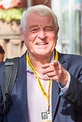 © Licensed to London News Pictures. 15/09/2016. Brighton, UK. MP for Yeovil and chair of the Liberal Democrat election committee, Baron Jeremy Ashdown, also known was Paddy Ashdown, arrives at the Metropole hotel in Brighton and Hove at the start of the Liberal Democrat's autumn conference. Photo credit: Hugo Michiels/LNP