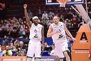 DESCRIZIONE : Milano Coppa Italia Final Eight 2013 Quarti di Finale Montepaschi Siena Trenkwalder Reggio Emilia<br /> GIOCATORE : Bobby Brown Viktor Sanikidze<br /> CATEGORIA : esultanza scelta<br /> SQUADRA : Trenkwalder Reggio Emilia Montepaschi Siena<br /> EVENTO : Beko Coppa Italia Final Eight 2013<br /> GARA : Montepaschi Siena Trenkwalder Reggio Emilia<br /> DATA : 08/02/2013<br /> SPORT : Pallacanestro<br /> AUTORE : Agenzia Ciamillo-Castoria/C.De Massis<br /> Galleria : Lega Basket Final Eight Coppa Italia 2013<br /> Fotonotizia : Milano Coppa Italia Final Eight 2013 Quarti di Finale Montepaschi Siena Trenkwalder Reggio Emilia<br /> Predefinita :