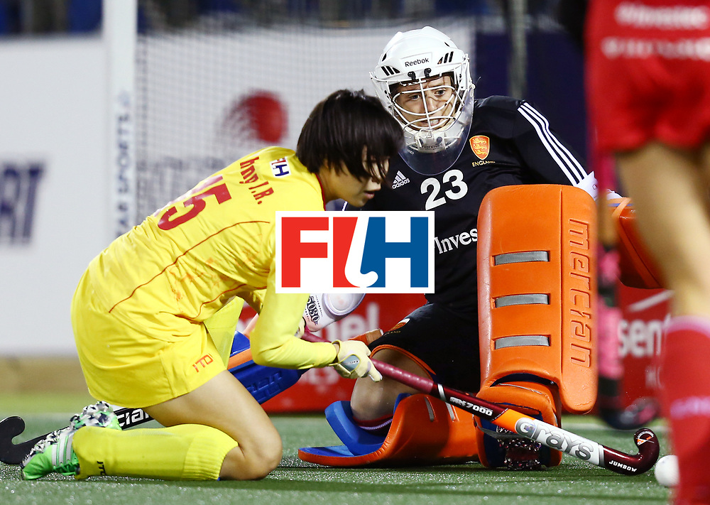 New Zealand, Auckland - 21/11/17  <br /> Sentinel Homes Women&rsquo;s Hockey World League Final<br /> Harbour Hockey Stadium<br /> Copyrigth: Worldsportpics, Rodrigo Jaramillo<br /> Match ID: 10302 - ENG vs CHN<br /> Photo: (15) ZHANG Jinrong against (23) TENNANT Amy (GK)