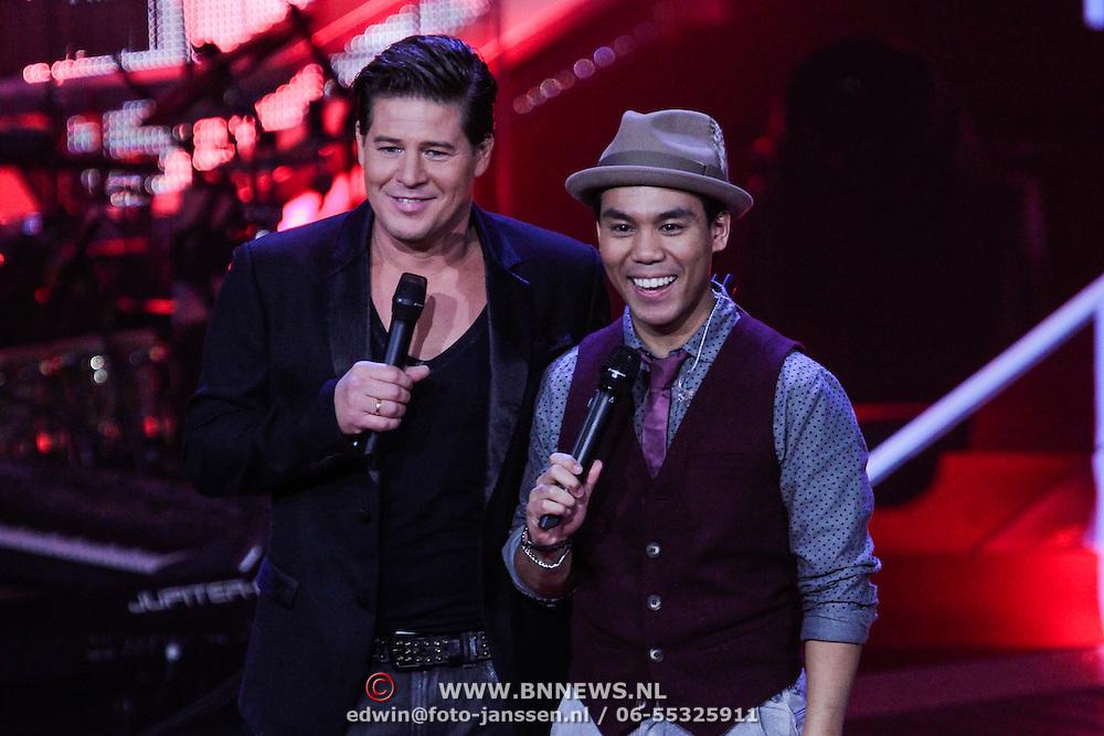 NLD/Hilversum/20121109 - The Voice of Holland 1e liveuitzending, Martijn Krabbe en Marx Margono