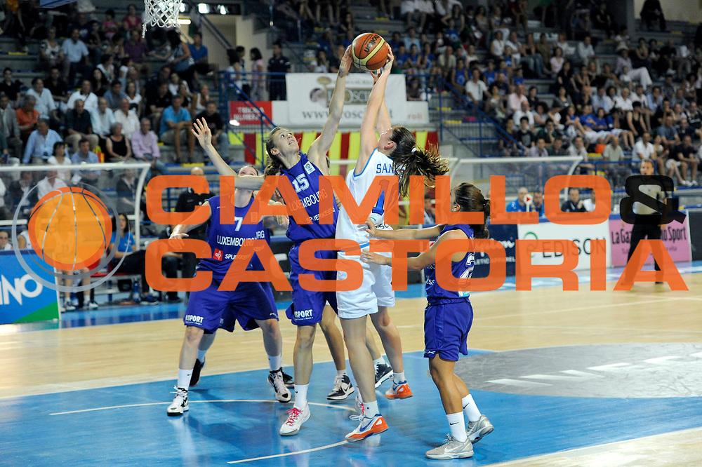 DESCRIZIONE : Frosinone Qualificazioni Europei Francia 2013 Italia Lussemburgo<br /> GIOCATORE : Lavinia Santucci<br /> CATEGORIA : tiro penetrazione stoppata<br /> SQUADRA : Nazionale Italia<br /> EVENTO : Frosinone Qualificazioni Europei Francia 2013<br /> GARA : Italia Lussemburgo Italy Luxembourg<br /> DATA : 20/06/2012<br /> SPORT : Pallacanestro <br /> AUTORE : Agenzia Ciamillo-Castoria/C.De Massis<br /> Galleria : Fip 2012<br /> Fotonotizia : Frosinone Qualificazioni Europei Francia 2013 Italia Lussemburgo<br /> Predefinita :