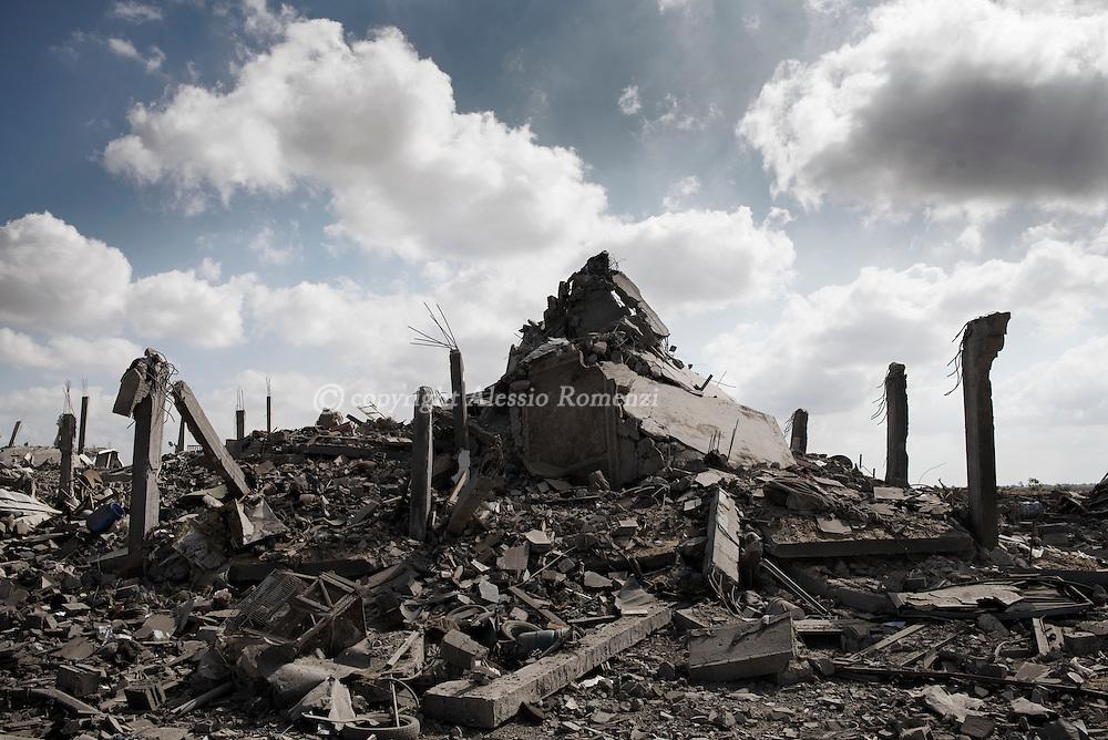 Gaza Strip, Khuza'a: Destruction in Khuza'a on August 3, 2014. ALESSIO ROMENZI