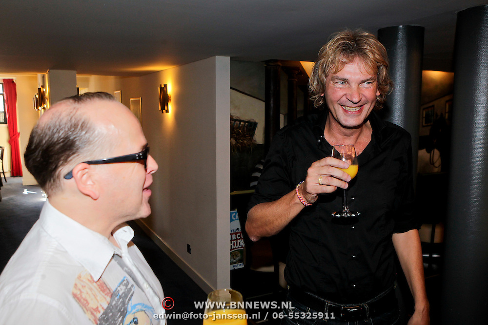 NLD/Amsterdam/20110929 - Presentatie biografie Mies Bouwman, Matthijs van Nieuwkerk en Marc-Marie Huijbregts