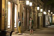 Schillerstraße bei Nacht, Weimar, Thüringen, Deutschland | Schillerstrasse at night, Weimar, Thuringia, Germany