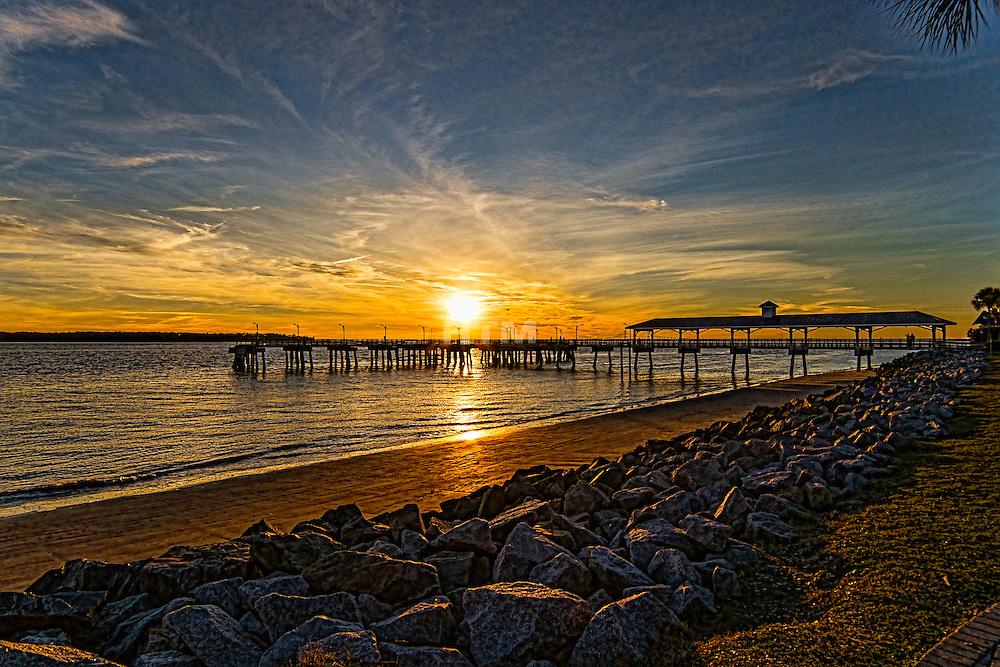 Winter sunset at st simons island fishing pier htmccann for St simons island fishing