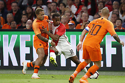 (L-R) Memphis Depay of Holland, Andre Carrillo of Peru, Wesley Sneijder of Holland during the International friendly match match between The Netherlands and Peru at the Johan Cruijff Arena on September 06, 2018 in Amsterdam, The Netherlands