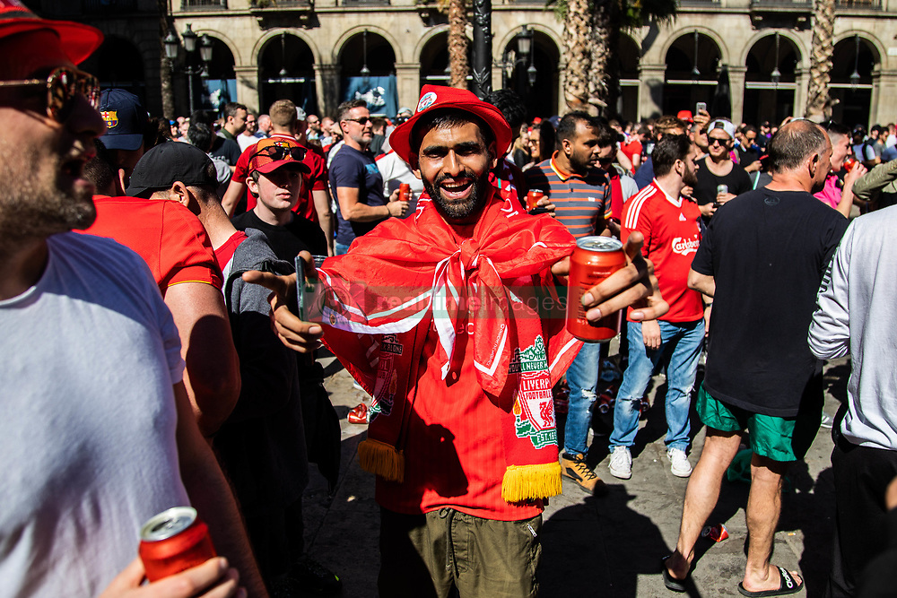 May 1, 2019 - Barcelona, Catalonia, Spain - A Liverpool fan celebrating before the UEFA Champions League Semi Final first leg match between Barcelona and Liverpool at the Nou Camp on May 01, 2019 in Barcelona, Spain. (Credit Image: © Pau Venteo/NurPhoto via ZUMA Press)