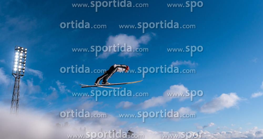 24.02.2017, Lahti, FIN, FIS Weltmeisterschaften Ski Nordisch, Lahti 2017, Nordische Kombination, Skisprung, im Bild Johannes Rydzek (GER) // Johannes Rydzek of Germany during Skijumping of Nordic Combined competition of FIS Nordic Ski World Championships 2017. Lahti, Finland on 2017/02/24. EXPA Pictures © 2017, PhotoCredit: EXPA/ JFK