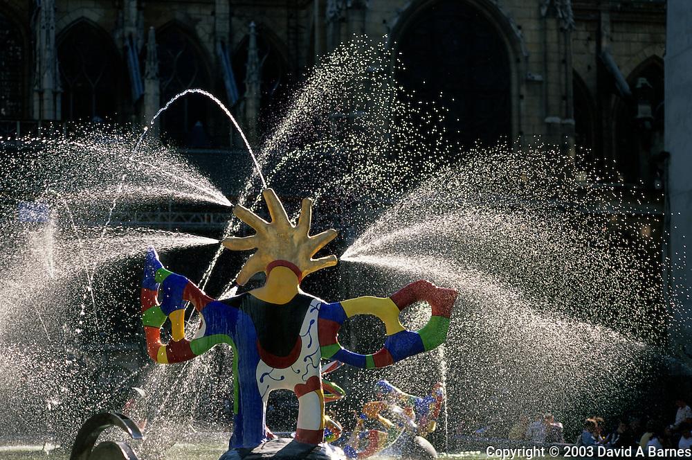 Place Igot Stravinsky, Fountain of Niki de Saint-Phalle and JeanTinguely, Paris, France