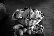 Cesto bajilla con frutas. Photo @ Antonio Nodar/Imagenes Libres