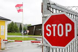 THEMENBILD, der Fliegerhorst Fiala Fernbrugg in Aigen im Ennstal. In Österreich sollen Kasernen anstatt Zeltlager als Unterkunft für Flüchtlinge dienen, aufgenommen am 20. Mai 2015 // the Fliegerhorst Fiala Fernbrugg, Military Base of the Austrian Armed Forces, Aigen im Ennstal, Austria on 2015/05/20. EXPA Pictures © 2015, PhotoCredit: EXPA/ Martin Huber