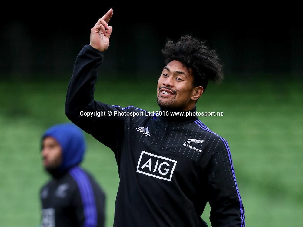 New Zealand Captain's Run, Aviva Stadium, Dublin 18/11/2016<br /> Ardie Savea<br /> Copyright photo: Tommy Dickson / www.photosport.nz