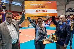 02-10-2016 NED: Supercup Abiant Lycurgus - Coniche Topvolleybal Zwolle, Doetinchem<br /> Lycurgus wint de Supercup door Zwolle met 3-0 te verslaan / Volleybalaward 2016 gaat naar Accretos