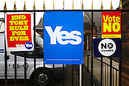 Yes And No Posters On Polling Station On Scottish Independence Polling Day In Normand Road, Dysart, Fife, Scotland