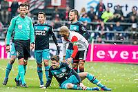 ROTTERDAM - Feyenoord - PSV , Voetbal , Eredivisie , Seizoen 2016/2017 , De Kuip , 26-02-2017 ,  PSV speler Andres Guardado (2e l) is boos op Scheidsrechter Bas Nijhuis (l) terwijl Feyenoord speler Karim El Ahmadi (r) even bij PSV speler Marco van Ginkel (r) kijkt