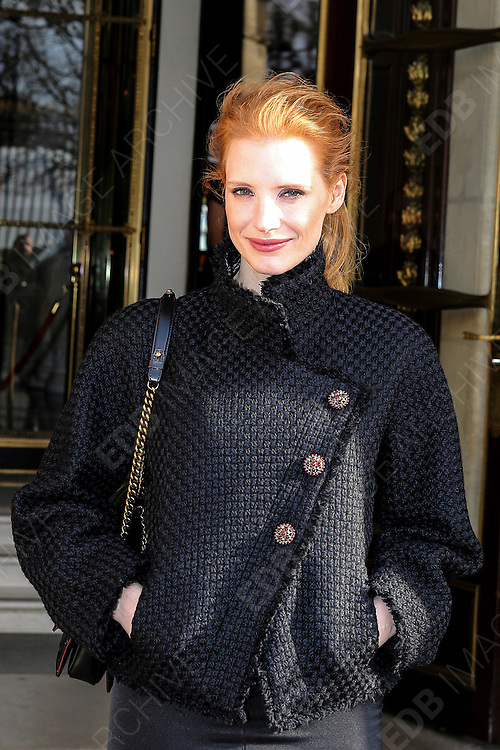 05.MARCH.2013. PARIS<br /> <br /> JESSICA CHASTAIN IS SEEN LEAVING THE HOTEL MEURICE IN PARIS<br /> <br /> BYLINE: EDBIMAGEARCHIVE.CO.UK<br /> <br /> *THIS IMAGE IS STRICTLY FOR UK NEWSPAPERS AND MAGAZINES ONLY*<br /> *FOR WORLD WIDE SALES AND WEB USE PLEASE CONTACT EDBIMAGEARCHIVE - 0208 954 5968*