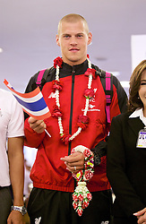 BANGKOK, THAILAND - Monday, July 13, 2015: Liverpool's Martin Skrtel at Bangkok's Suvarnabhumi Airport as the team arrive in Thailand for the start of the club's preseason tour. (Pic by David Rawcliffe/Propaganda)