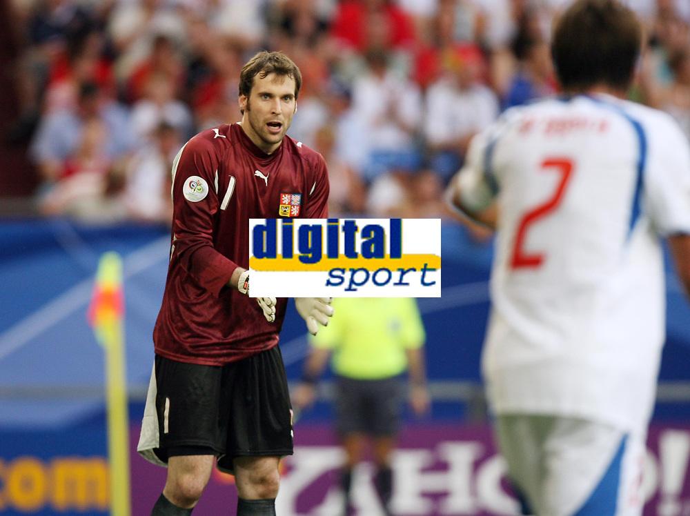 Photo: Chris Ratcliffe.<br /> USA v Czech Republic. Group E, FIFA World Cup 2006. 12/06/2006.<br /> Peter Cech of Czech Republic.
