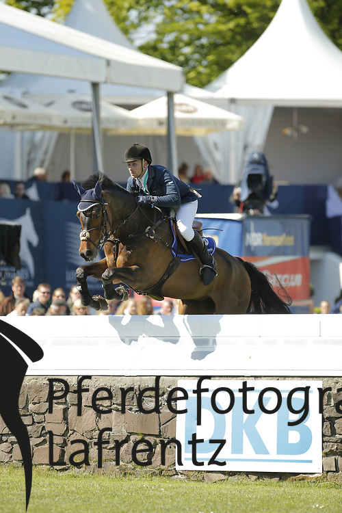 Hughes, James, Peiter v.<br /> Hamburg - Hamburger Derby 2015<br /> 2. Qualifikation zum Deutschen Springderby<br /> Riders Tour Wertungsprüfung<br /> © www.sportfotos-lafrentz.de/Stefan Lafrentz