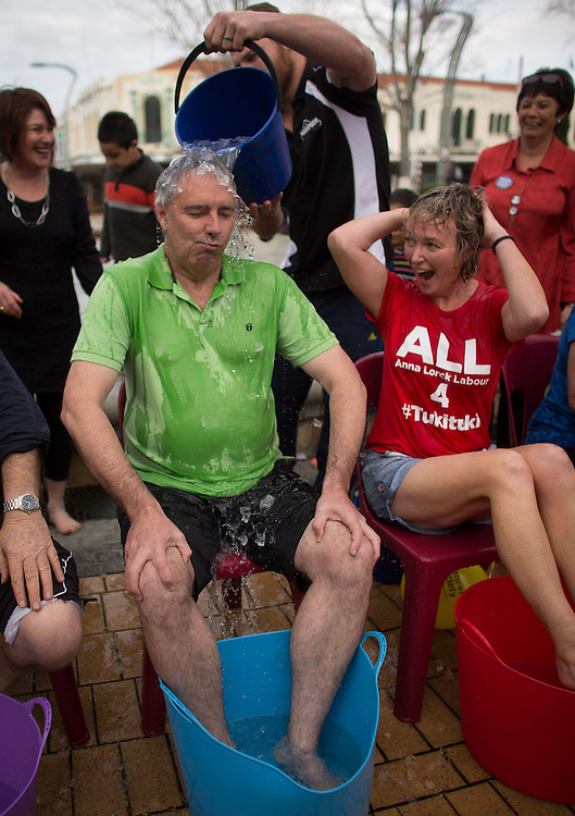 Hastings Mayor, Lawrence Yule takes part in the ice challenge, Hastings, New Zealand, Monday, 14 July 2014. Photo by John Cowpland / SNPA