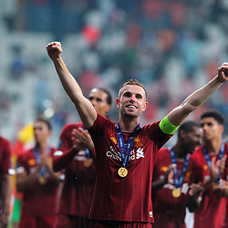 Liverpool players Jordan Henderson victory celebration after  the UEFA SUPERCUP match between Liverpool and Chelsea at Vodafone Park in Istanbul , Turkey on August 14 , 2019. <br /> Photo : Seskimphoto / Icon Sport