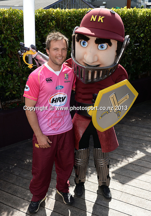 Northern Districts captain Daniel Flynn poses for a photo with the team mascot. New Zealand Cricket launch the 2013/14 HRV Twenty20 season at Sale St Bar and Restaurant in Auckland on Thursday 24 October 2013. Photo: Andrew Cornaga/www.Photosport.co.nz