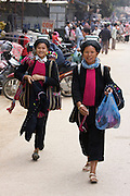 Tam Duong market. Black Dzao hilltribe women.