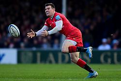 Ben Spencer of Saracens - Mandatory by-line: Ryan Hiscott/JMP - 29/12/2019 - RUGBY - Sandy Park - Exeter, England - Exeter Chiefs v Saracens - Gallagher Premiership Rugby