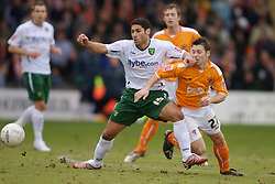 Blackpool, England - Saturday, January 27, 2007: Blackpool's Wesley Hoolahan and Norwich City's Youssef Safri during the FA Cup 5th Round match at Bloomfield Road. (Pic by David Rawcliffe/Propaganda)