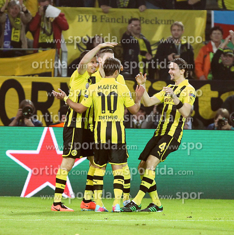 24.04.2013, Signal Iduna Park, Dortmund, GER, UEFA CL, Borussia Dortmund vs Real Madrid, Halbfinale, Hinspiel, im Bild Robert LEWANDOWSKI (Borussia Dortmund) bejubelt seinen Treffer zum 2.1, Torjubel/ Jubel, Emotionen // during UEFA Champions League 1st Leg Semifinal Match between Borussia Dortmund and Real Madrid at the Signal Iduna Park, Dortmund, Germany on 2013/04/24. EXPA Pictures © 2013, PhotoCredit: EXPA/ Eibner/ Alexander Neis..***** ATTENTION - OUT OF GER *****