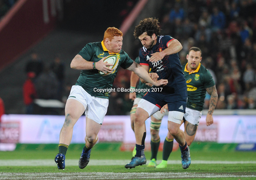 Steven Kitshoff of South Africa is tackled by Kevin Gourdon of France during the 2017 International Incoming Series rugby match between SA and France on 24 June 2017 at Ellis Park Stadium   © Sydney Mahlangu /BackpagePix