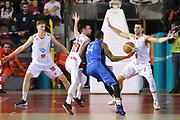 DESCRIZIONE : Roma LNP A2 2015-16 Acea Virtus Roma BCC Agropoli<br /> GIOCATORE : Terrende Roderick<br /> CATEGORIA : controcampo penetrazione difesa<br /> SQUADRA : BCC Agropoli<br /> EVENTO : Campionato LNP A2 2015-2016<br /> GARA : Acea Virtus Roma BCC Agropoli<br /> DATA : 14/02/2016<br /> SPORT : Pallacanestro <br /> AUTORE : Agenzia Ciamillo-Castoria/G.Masi<br /> Galleria : LNP A2 2015-2016<br /> Fotonotizia : Roma LNP A2 2015-16 Acea Virtus Roma BCC Agropoli