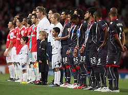 15.09.2010, Emirates Stadium, London, ENG, UEFA CL, Arsenal fc vs Sporting Braga, im Bild Teams line ups  during Arsenal fc vs Sporting Braga for the UCL  Group  H at the Emirates Stadium in London. EXPA Pictures © 2010, PhotoCredit: EXPA/ IPS/ Marcello Pozzetti +++++ ATTENTION - OUT OF ENGLAND/UK +++++ / SPORTIDA PHOTO AGENCY