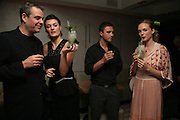 DANNY HUSTON, LYNN RENEE, CHRIS SIMON AND HEATHER GRAHAM. Party hosted by Larry Gagosian at Nobu, Berkeley St. London. 9 October 2007. -DO NOT ARCHIVE-© Copyright Photograph by Dafydd Jones. 248 Clapham Rd. London SW9 0PZ. Tel 0207 820 0771. www.dafjones.com.