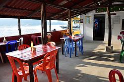 La Isla Grande es un isla del Mar Caribe que pertenece a Panamá, a pesar de lo que indica su nombre se trata de una isla de dimensiones pequeñas, en esta se encuentra la famosa estatua del cristo negro en los corales, el acceso a la isla es a través de lanchas que manejan los habitantes locales, estando a media hora de la ciudad de Colón no esta permitido el ingreso de automóviles a la isla pues solo hay senderos para caminar, posee una gran riqueza gastronómica y cultural. ©Victoria Murillo/ Istmophoto.com