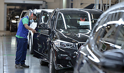 South Africa - Coronavirus - Pretoria - 20 May 2020 - Gauteng Premier David Makhura monitors Covid-19 compliance at BMW manufacturing plant in Rosslyn.<br /> Picture: Oupa Mokoena/African News Agency (ANA)