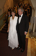 Lord and Lady Waldegrave. The Man Booker prize 2005. the Guildhall.   October 10 2005. ONE TIME USE ONLY - DO NOT ARCHIVE © Copyright Photograph by Dafydd Jones 66 Stockwell Park Rd. London SW9 0DA Tel 020 7733 0108 www.dafjones.com