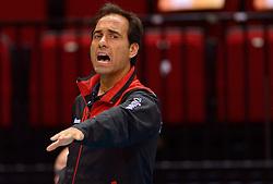 20150619 NED: World League Nederland - Portugal, Groningen<br /> De Nederlandse volleyballers hebben in de World League ook hun eerste duel met Portugal met 3-0 gewonnen / Coach Hugo Silva POR