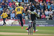 Chris Wood celebrates the wicket of Moeen Ali during the NatWest T20 Blast Quarter Final match between Worcestershire County Cricket Club and Hampshire County Cricket Club at New Road, Worcester, United Kingdom on 14 August 2015. Photo by David Vokes.