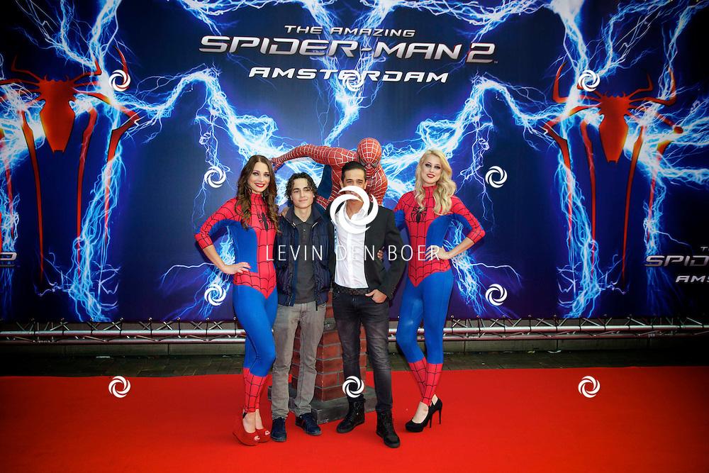 AMSTERDAM - Bij het Pathe ArenA Theater is de filmpremière van Spiderman II gehouden. Met hier op de foto  Yesser Roshdy, alias YES-R. FOTO LEVIN DEN BOER - PERSFOTO.NU