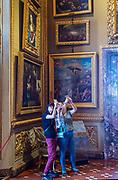 ITALY, FLORENCE: Palazzo Pitti