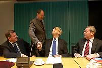 14 DEC 2003, BERLIN/GERMANY:<br /> Wilhelm Schmidt, SPD, 1. Parl. Geschaeftsfuehrer SPD BT-Fraktion, Peer Steinbrueck, SPD, Ministerpraesident Nordrhein-Westfalen, Henning Scherf, SPD, 1. Buergermeister Bremen, Rolf Schwanitz, SPD, Staatsminister im Bundeskanzleramt, (v.L.n.R.), im Gespraech, vor Beginn der Vorbesprechung der A-Laender zur Sitzung des Vermittlungsausschusses, Bundesrat<br /> IMAGE: 20031214-01-015<br /> KEYWORDS: Gespräch, Peer Steinbrück