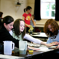 sarah McMahon,Alanah Madden and Aoife O'Halloran ,Scarriff National School taking part in an Art Workshop at Mountshannon Hall as part of the Iniscealtra Arts Festival which will run from May 25th to June 4th.<br /><br />Photograph by Eamon Ward