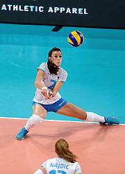 28-09-2015 NED: Volleyball European Championship Polen - Slovenie, Apeldoorn<br /> Polen wint met 3-0 van Slovenie / Sara Hutinski<br /> Photo by Ronald Hoogendoorn / Sportida