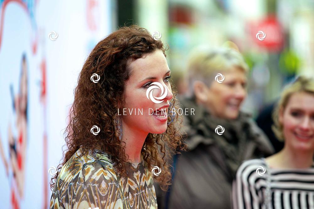 AMSTERDAM - In het tuschinski theater is de nieuwe K3 Film in premiere gegaan. Met hier op de rode loper  Aukje van Ginneken. FOTO LEVIN DEN BOER - PERSFOTO.NU