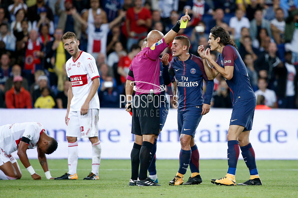 Marco Verratti (psg) received a yellow card and he is desagree with the referee, Edinson Roberto Paulo Cavani Gomez (psg) (El Matador) (El Botija) (Florestan) and Neymar da Silva Santos Junior - Neymar Jr (PSG) try to understand, Alexis BLIN (Toulouse Football Club), Christopher JULLIEN (Toulouse Football Club) on the floor, Marco Verratti (psg) must leave the playground during the French championship L1 football match between Paris Saint-Germain (PSG) and Toulouse Football Club, on August 20, 2017, at Parc des Princes, in Paris, France - Photo Stephane Allaman / ProSportsImages / DPPI